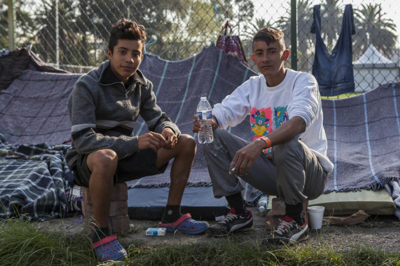 Marlon (16) and Jorge (21) met on their way from Tegucigalpa, Honduras and plan on sticking together because there is safety in numbers.