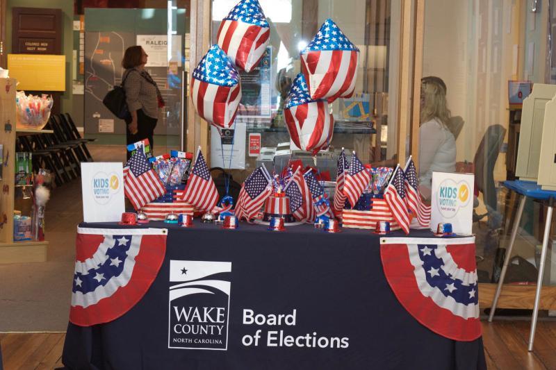 Machines failed to read ballots in Wake County, North Carolina, as officials blamed humidity and lengthy ballots