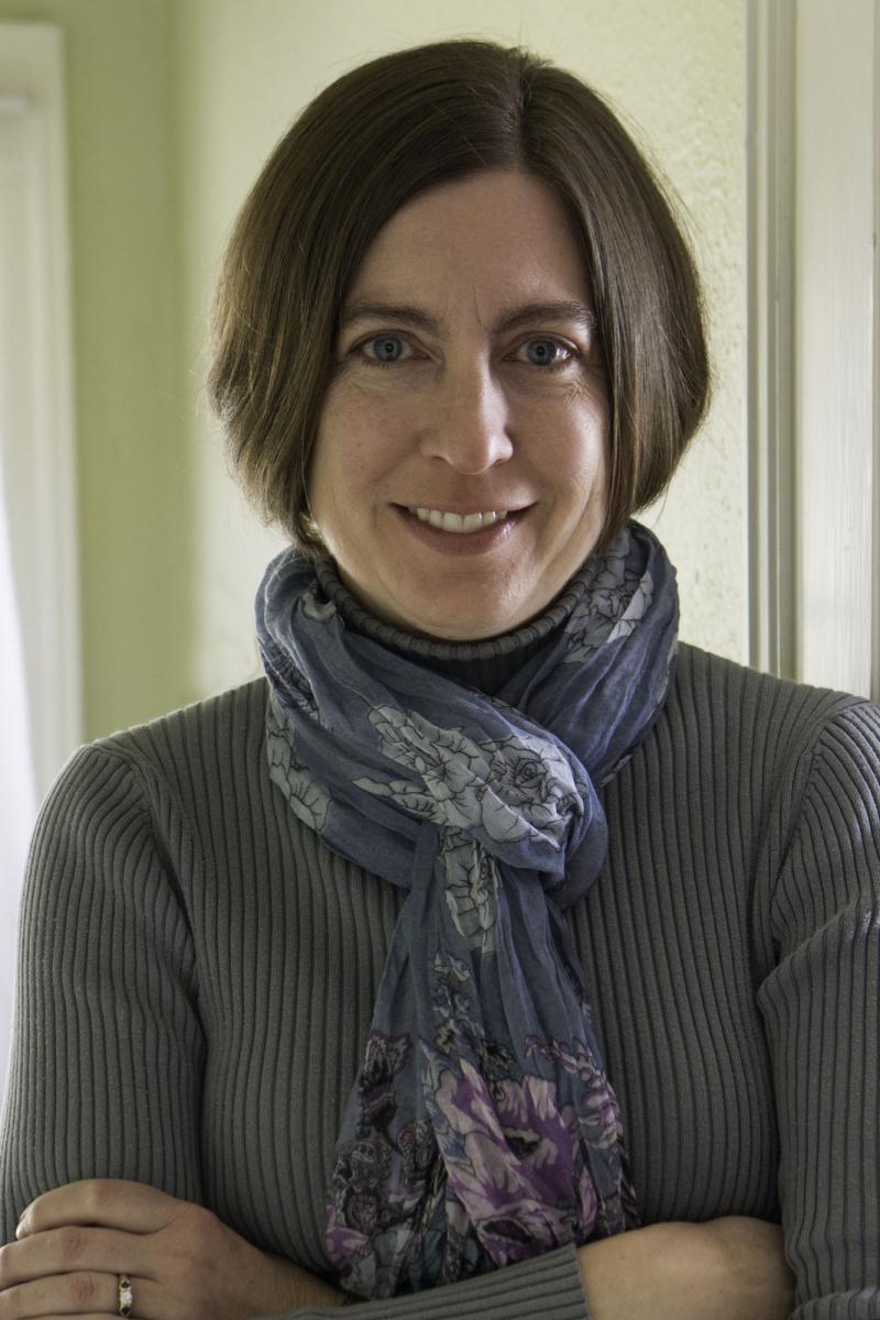 Photo of Dr. Jennifer Abbott