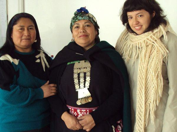 Anna Luisa Daigneault (right) works to preserve Indigenous and minority languages. Pictured here at a Mapuche cultural event in Santiago de Chile, 2011 with Mapuche poet María Inéz Huenuñir (left) and Mapuche Mapuche healer Giovana Tabila.
