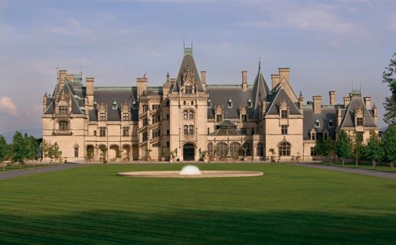 Front of Biltmore House, present day