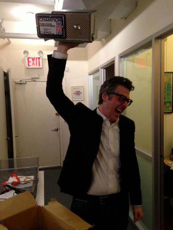Ira Glass rocks the trophy acceptance
