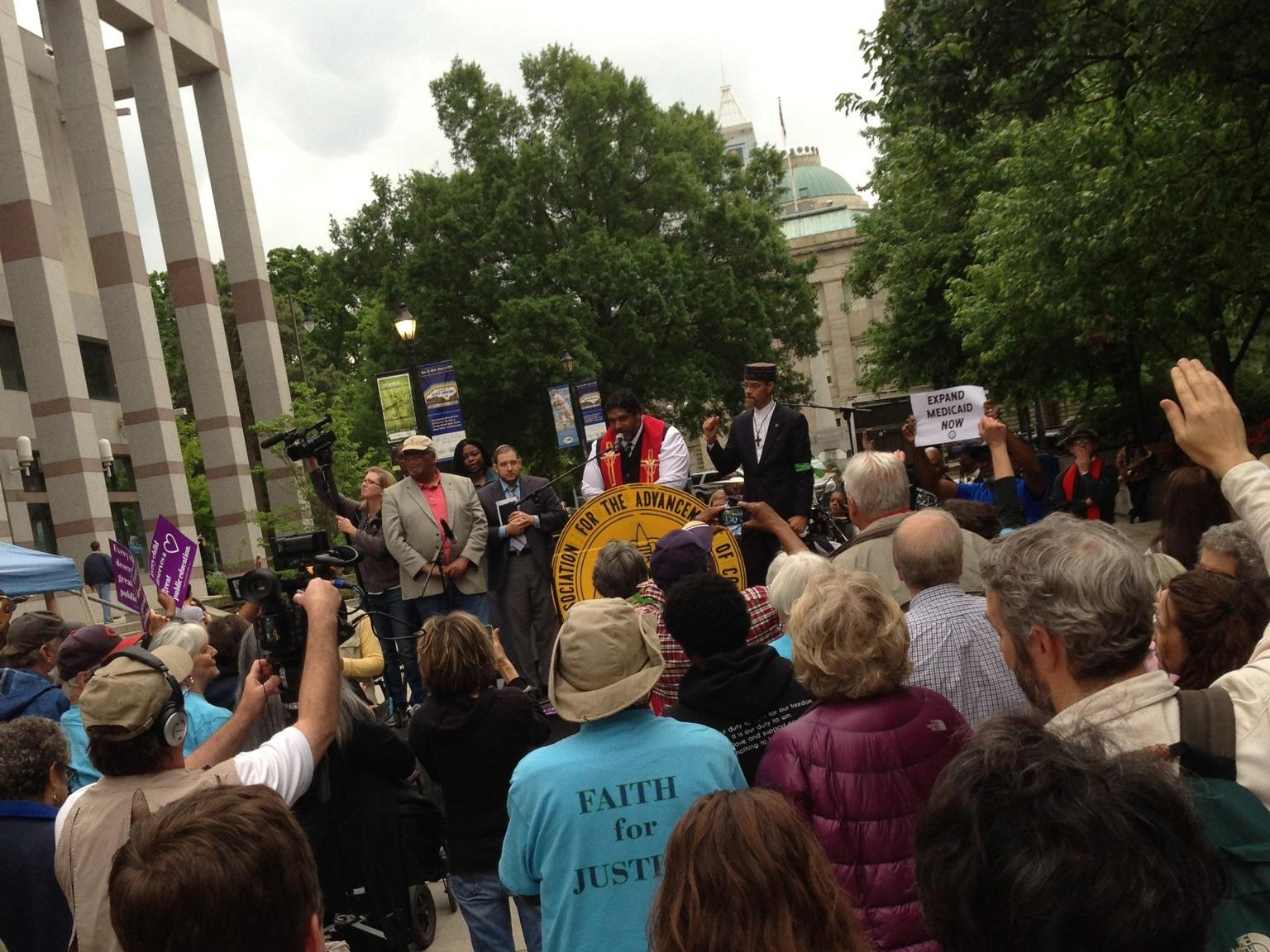 North Carolina NAACP leader of protest movement to step down