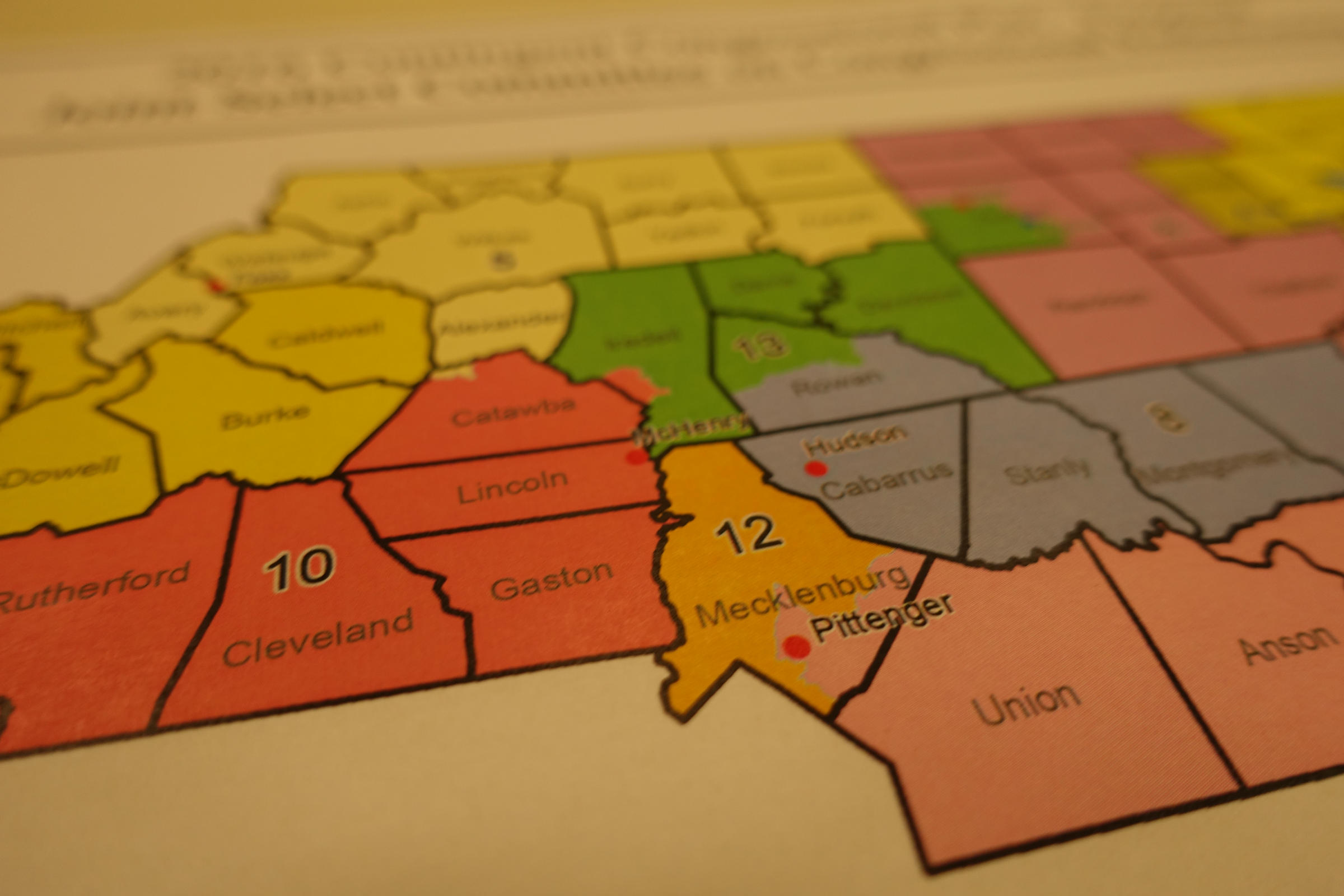 NC Senate committee approves new Congressional district maps