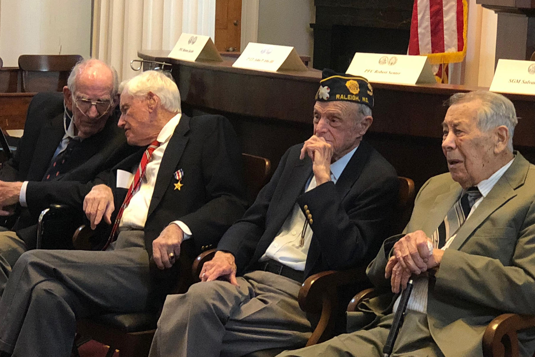 Watching World War Ii Vets Welcomed To >> Their Numbers Dwindling N C World War Ii Vets Get Thanks From
