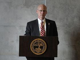 Darin Gordon, TennCare Director, addresses lawmakers at the Capitol in Nashville, February 2014 (The Tennessean)