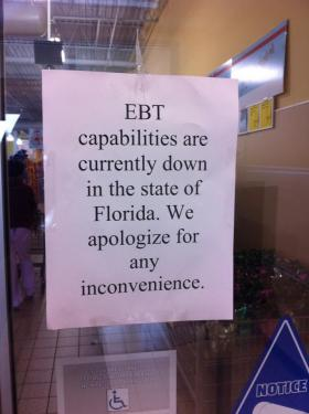 Aldi on West Hillsborough Avenue in Tampa alerts customer to EBT outage.