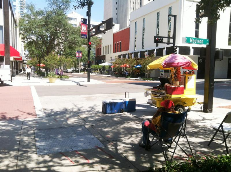 Lunch crowd returns to Franklin Street Mall