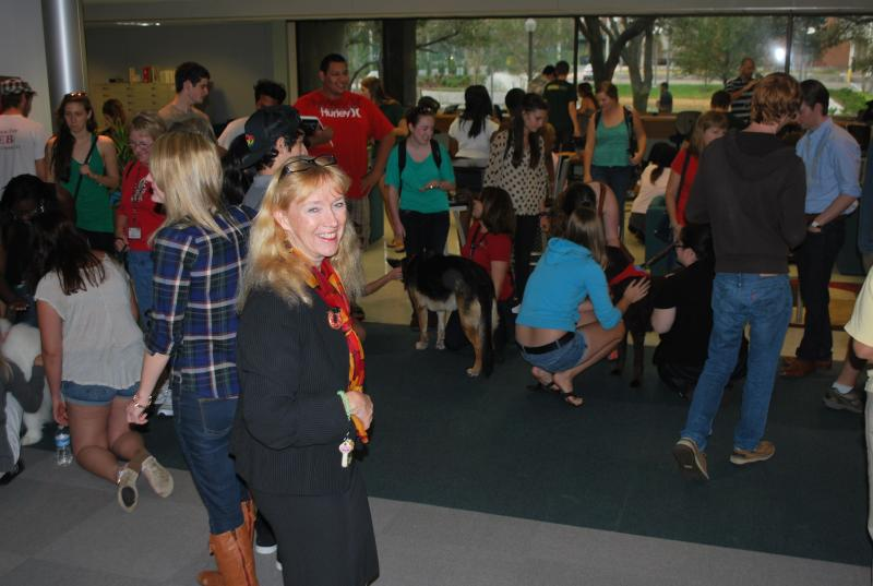 Carol Hixson, dean of the USFSP Poynter Library, came up with the idea of welcoming therapy dogs during Finals Week