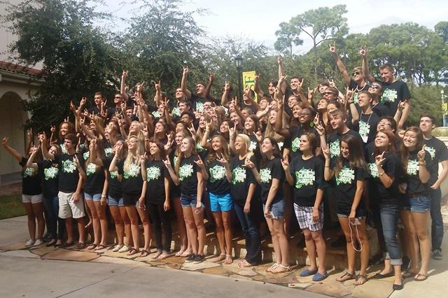 The first class of USF Sarasota-Manatee freshman pose for a picture