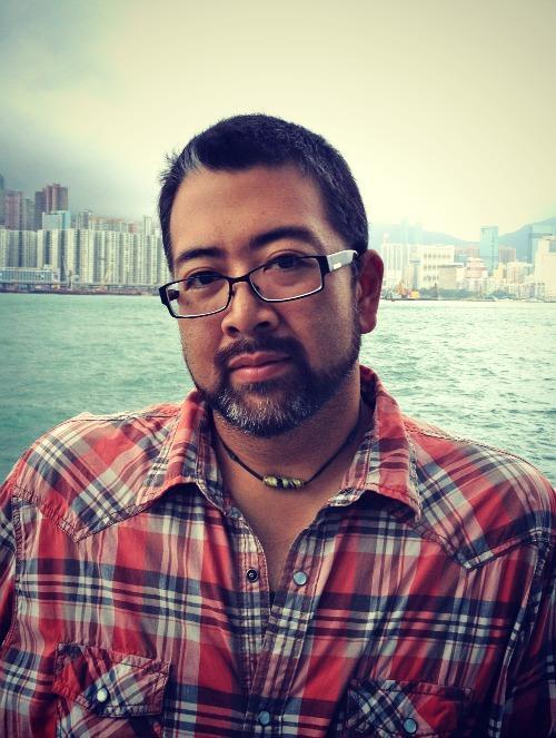 Author Ira Sukrungruang