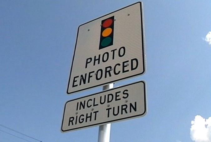 Study Raises Questions About Red-Light Cameras | WUSF News