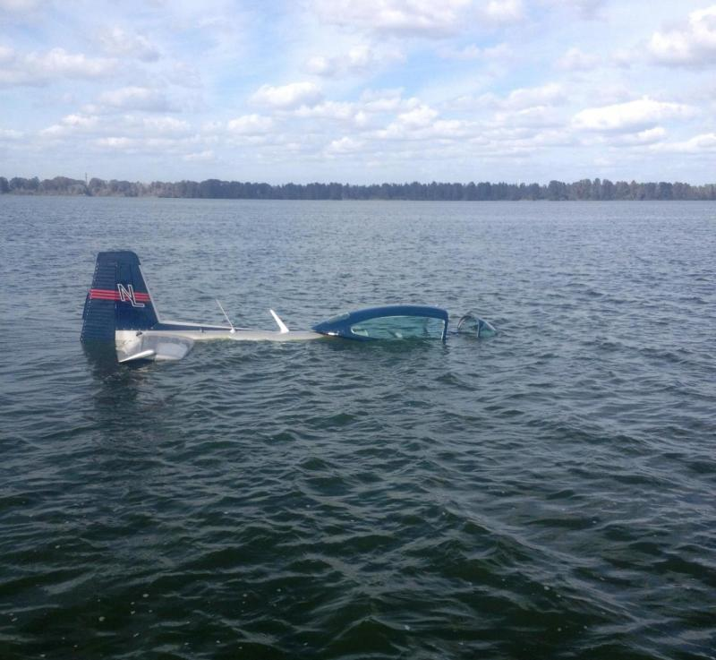 Polk Man Lands His Plane In Lake Hancock Wusf News