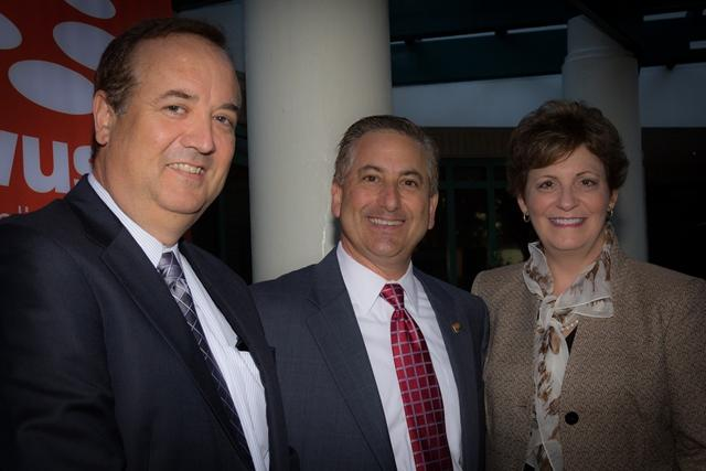 USF Chief Marketing Officer Tom Hoof, St. Petersburg Mayor Rick Kriseman & WUSF General Manager JoAnn Urofsky
