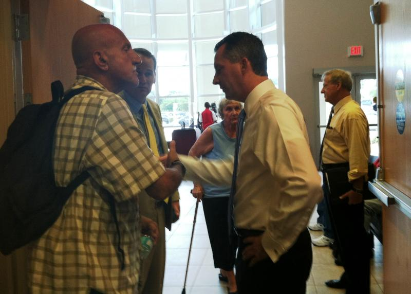 Congressman Jolly personally greeted many of the veterans as they waited in line for assistance with their VA benefits.
