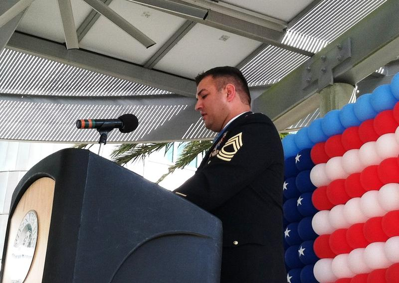 Leroy Petry addressing an audience of 200 Tuesday at the University of South Florida Tampa Campus.
