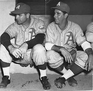 Almendares pitchers Max Lanier and Agapito Mayor, who combined to win nine of the Scorpions' final thirteen victories at the end of the 1946–47 season.