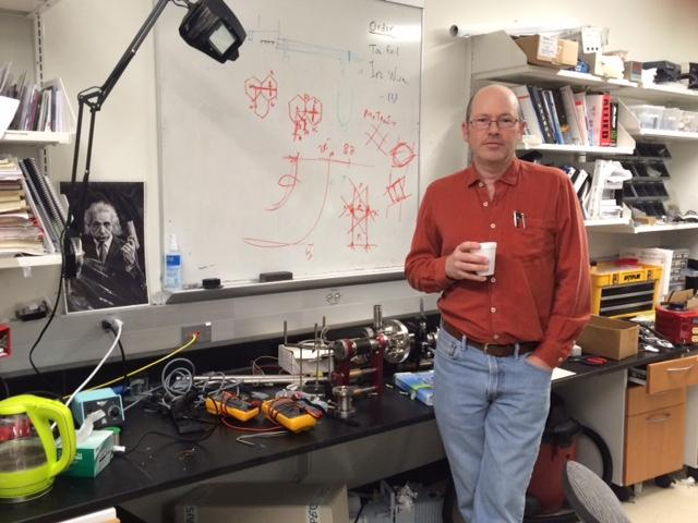 USF Physics Graduate Student Alan Kramer