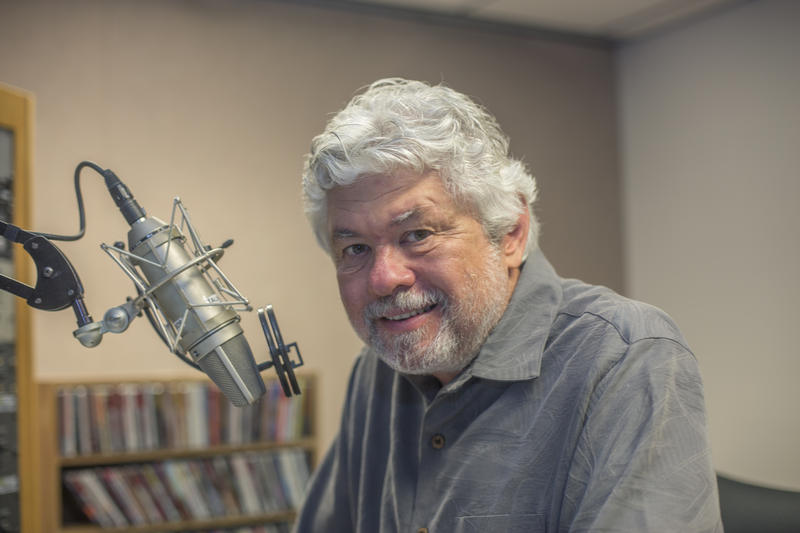 Jazz Director Bob Seymour retires this week after 35 years at WUSF.