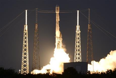 A SpaceX Falcon 9 rocket lifts off from Cape Canaveral Air Force station Friday, March 3, 2016.