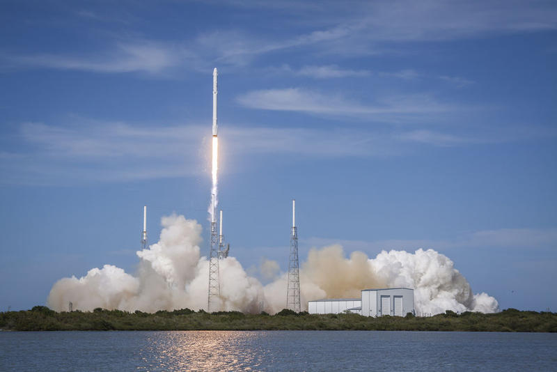 A previous launch by SpaceX of a Falcon 9 rocket.