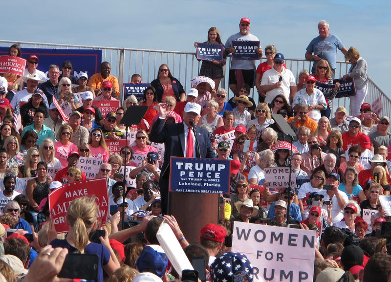 Donald Trump Campaigning In Lakeland