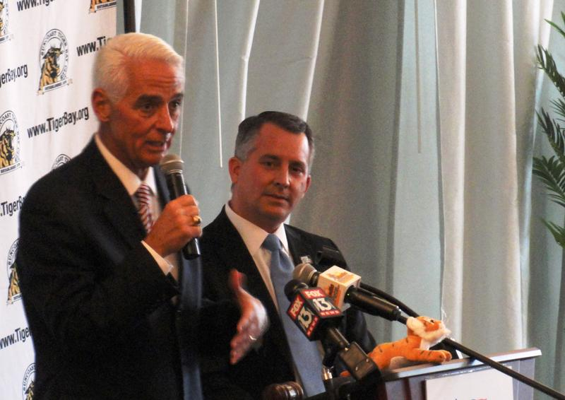 Challenger Charlie Crist, left, and incumbent U.S. Rep. David Jolly at Suncoast Tiger Bay Club