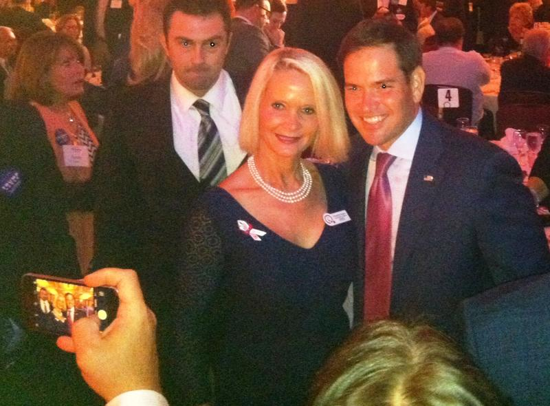 Rubio poses with Congressional candidate Christine Quinn