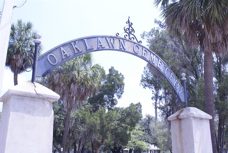 The entrance to the historic Oaklawn Cemetary, located at  606 E. Harrison St. in Tampa