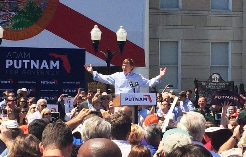 Adam Putnam on the steps of the old Bartow Courthouse