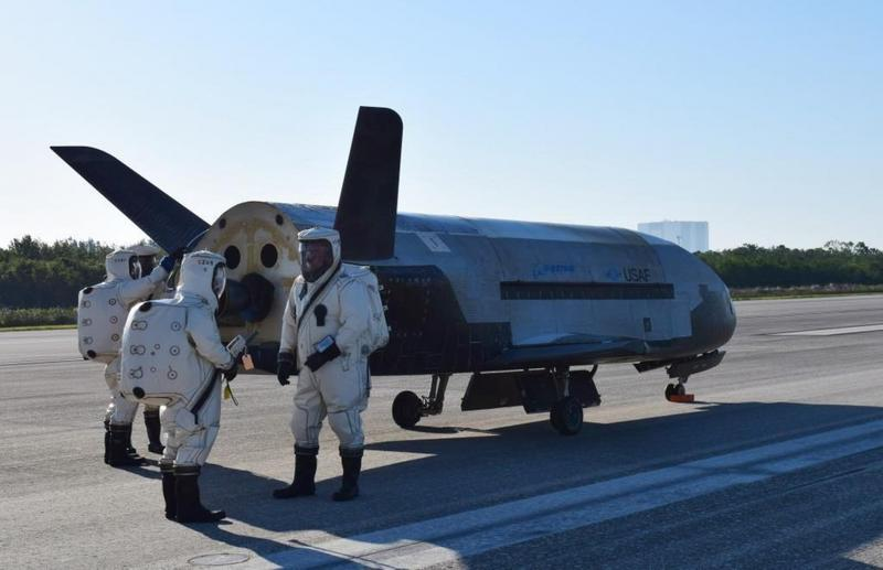 After a two-year mission in space, the U.S. Air Force's secret space shuttle lands at the Kennedy Space Center May 7, 2017 waking many from their sleep with a sonic boom.