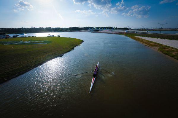 The course for the 2017 World Rowing Championships at Nathan Benderson Park in Sarasota is 2 km, the standard length for a spring race in rowing.