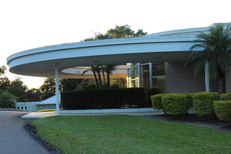 Temple Emanuel in Lakeland