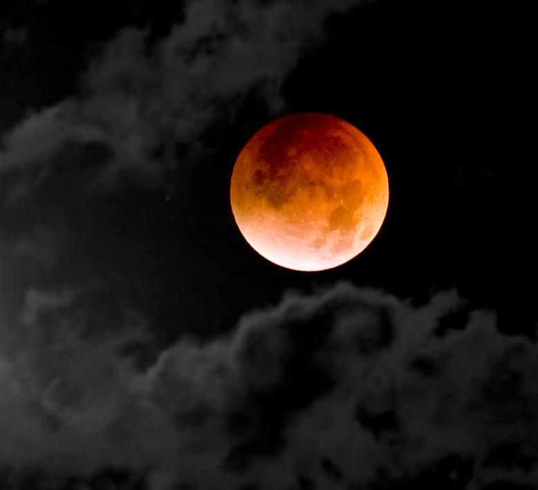 The only total lunar eclipse of 2019 is set to happen Sunday night into Monday.