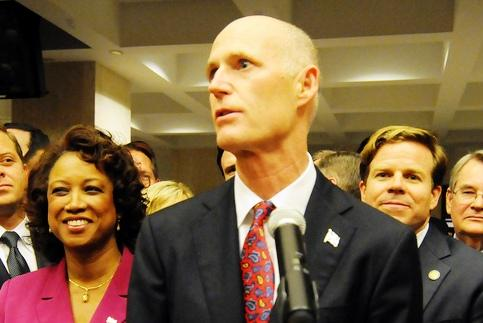 Gov. Rick Scott addressing a crowd after the end of the 2012 legislature.