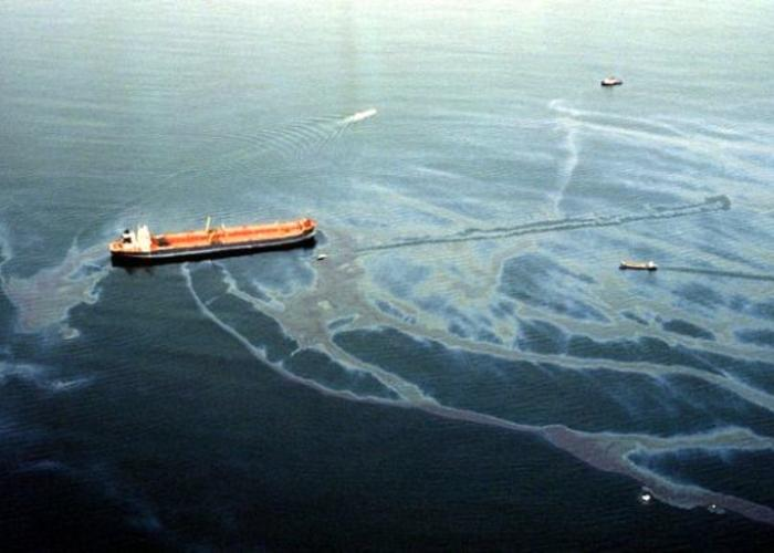 a discussion on the exxonvaldez oil spill Questions and answers about the spill where is the exxon valdez today after  several changes of name and ownership, the tanker was converted for hauling.