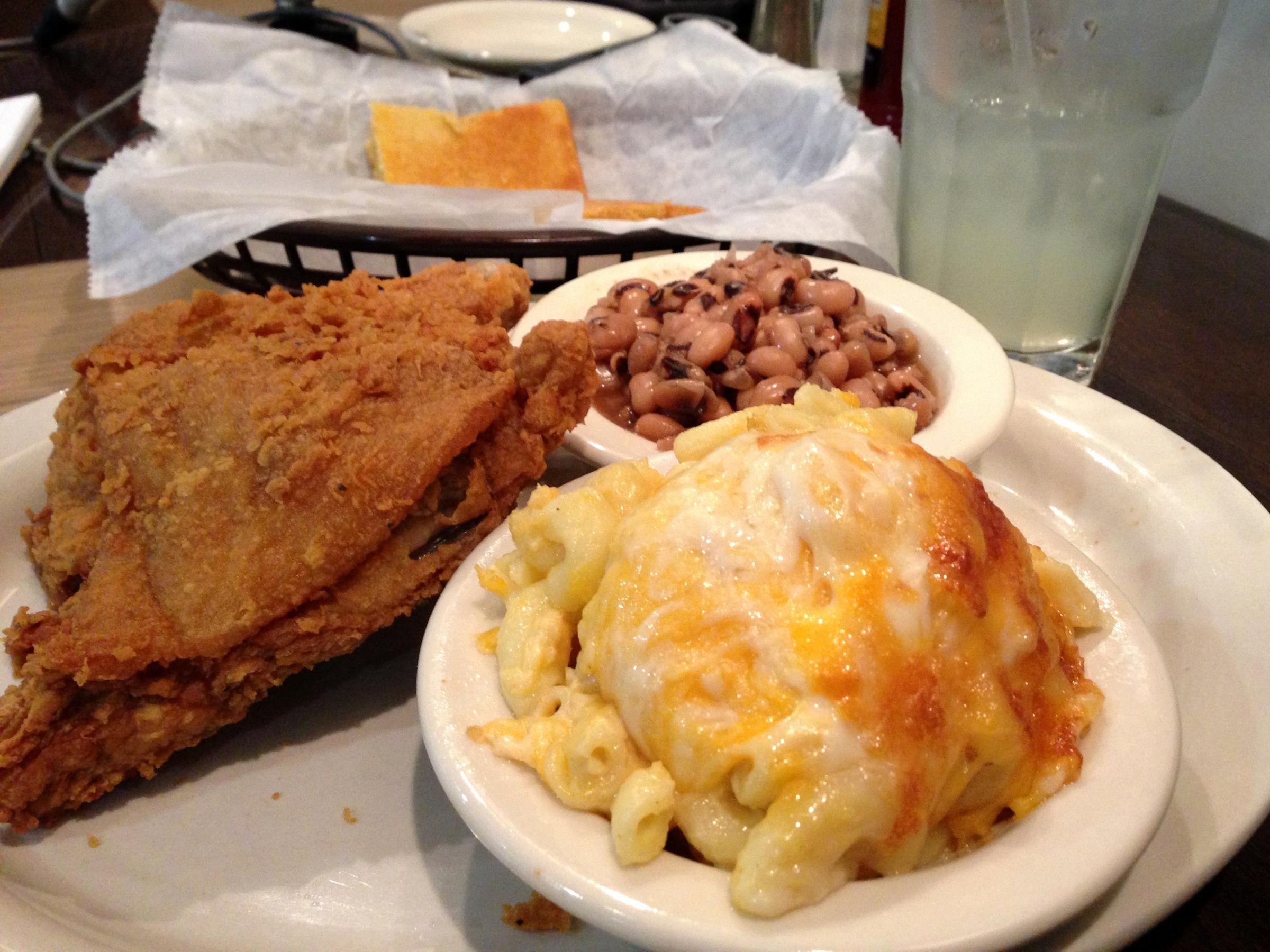 Sylvia S Restaurant The Queen Of Soulfood New York Ny