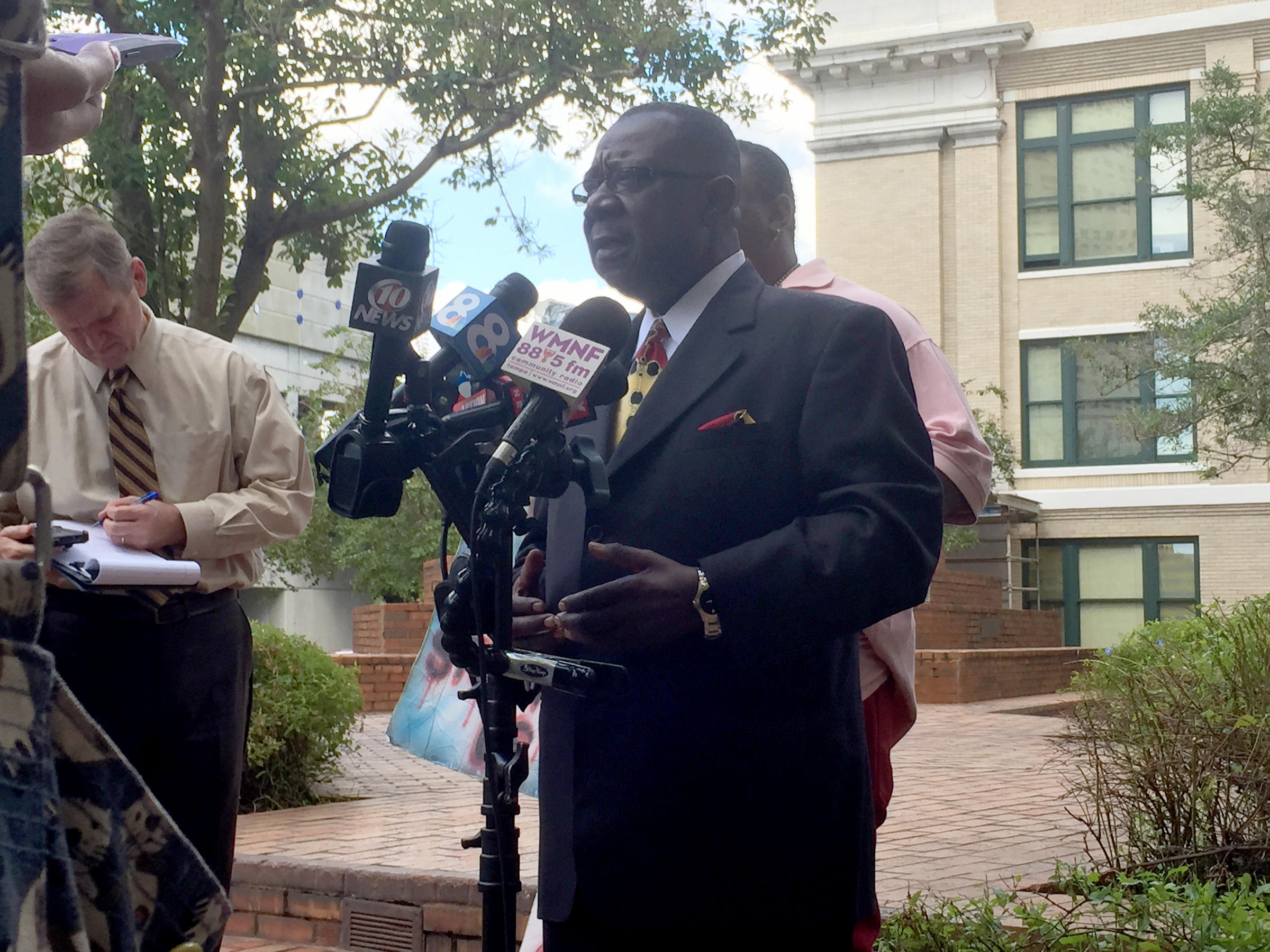Tampa City Council Opposes Mayor's Police Review Board ...