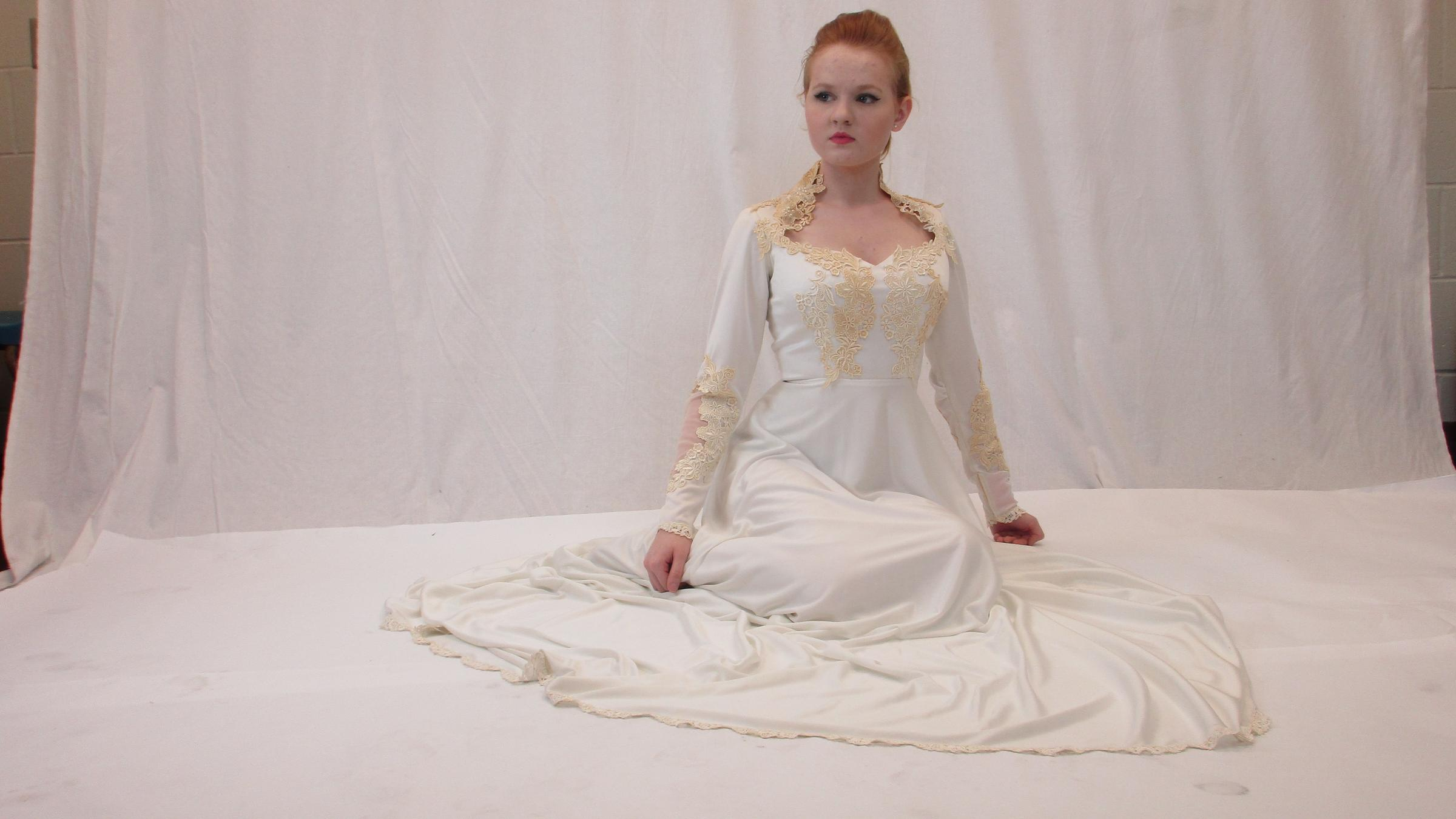 vintage wedding dress sale and student fashion show in st pete