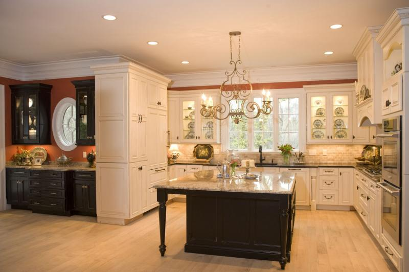 "One of the kitchens on this year's ""Tour du Jour"" features cabinets by Classic Cabinetry."