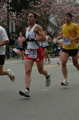 Brian Spencer running in the 2006 Boston Marathon.