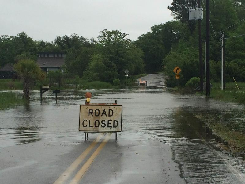 Road closed sign, Meigs Dr. in Shalimar