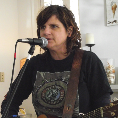 Amy Ray on Acoustic Interlude