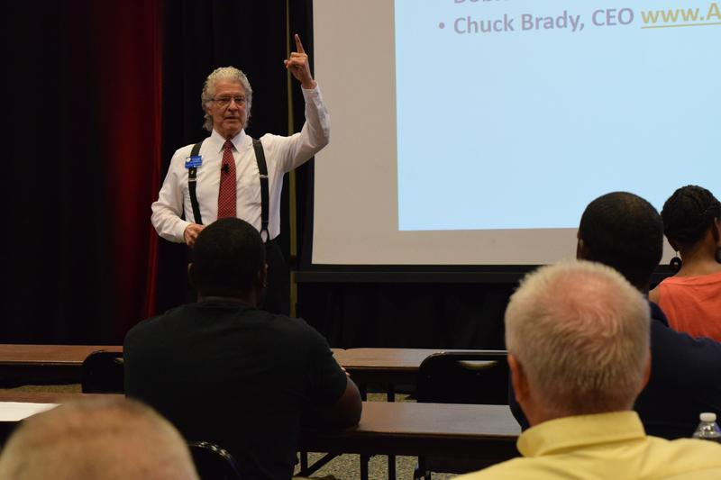 Bob Foster, program coordinator, provides instruction during a recent Veterans Florida Entrepreneurship Program workshop at UWF.