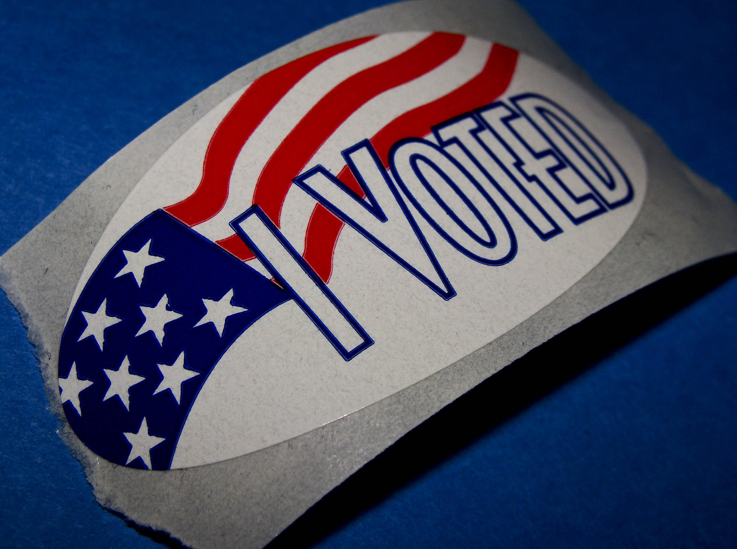 Most Florida counties open early voting sites