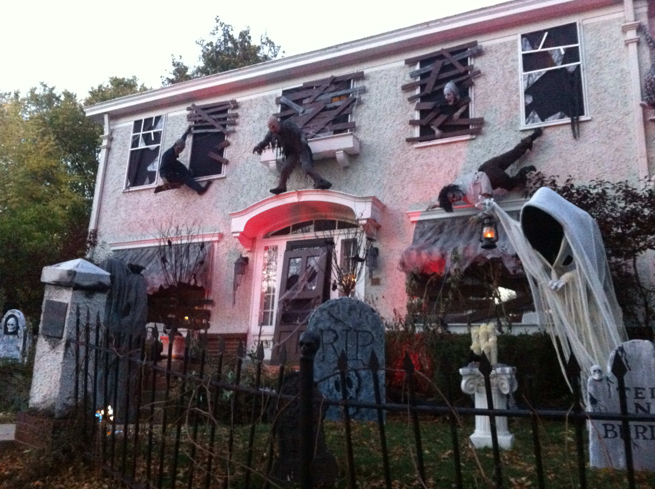 behind the spooky scenes at wauwatosas most haunted house wuwm - Houses Decorated For Halloween