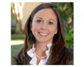 Ellyn Angelotti specializes in journalism and social media at the Poynter Institute.