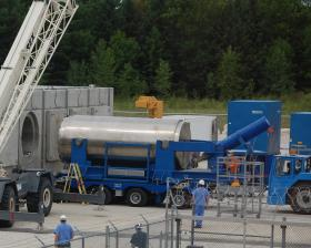 Cask arrives at Kewaunee nuclear plant for storage of spent, cooled fuel.