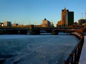 The Milwaukee River, on a somewhat colder day.