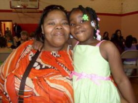 Ta-tanisha Powells & her daughter Nevaeh